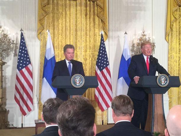 Tasavallan presidentti Sauli Niinistö ja Yhdysvaltain presidentti Donald Trump pitivät yhteisen tiedotustilaisuuden.