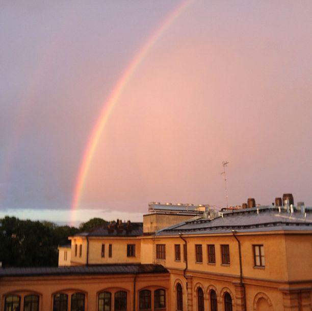 Aarre Tähtitorninmäellä? Kuva otettu 28.6.2012 Kaartinkaupungissa.
