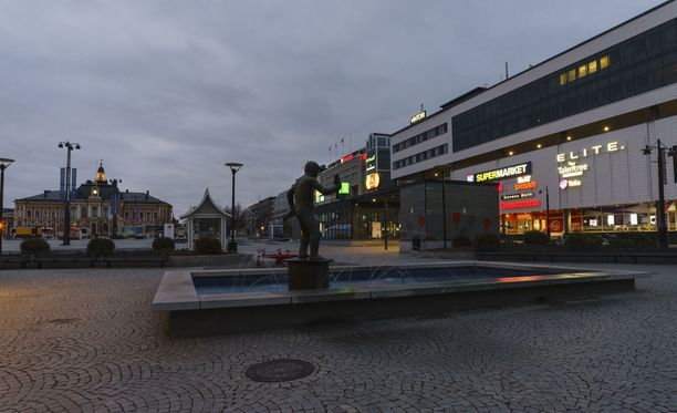 Veriteko tapahtui syyskuussa Puijonkadulla Kuopion keskustassa. Puijonkatu on kuvassa oikealla.