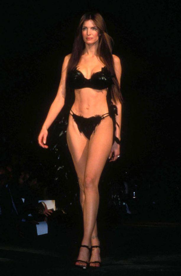 Stephanie Seymour oli 90-luvun halutuimpia malleja.