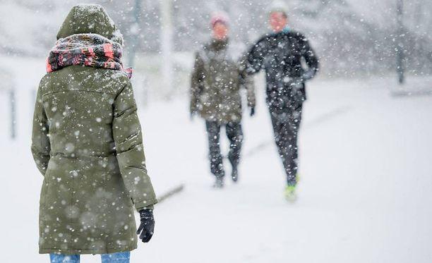Suomi saa lumipeitteen keskiviikkona. Arkistokuva.