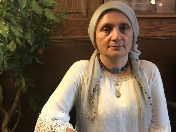Lääkäri Nemam Ghafouri on tavannut lukuisia Isis-taistelijoiden vaimoja ja heidän lapsiaan al-Holissa.