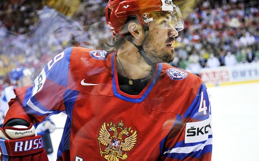 Venäjän korsto hakkasi kolme kultaleijonaa vuonna 2011 – kertoo nyt oman versionsa rajusta hullunmyllystä