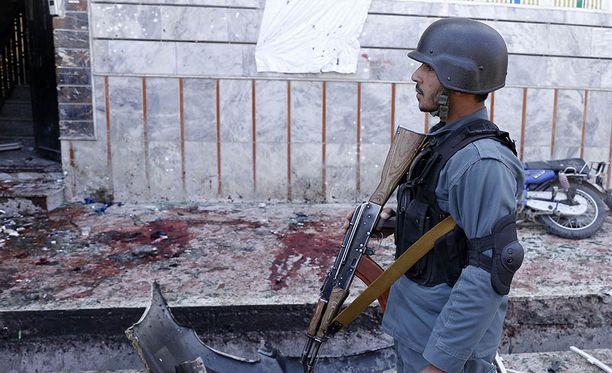 Terroristijärjestö ISIS ilmoitti olevansa vastuussa itsemurhaiskusta.