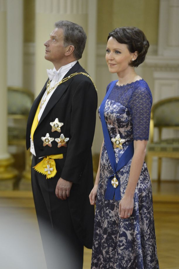 Vuonna 2012 Haukio emännöi itsenäisyyspäivän vastaanottoa. Paola Suhosen suunnittelemaa iltapukua koristivat Suomen kansalliskukat.