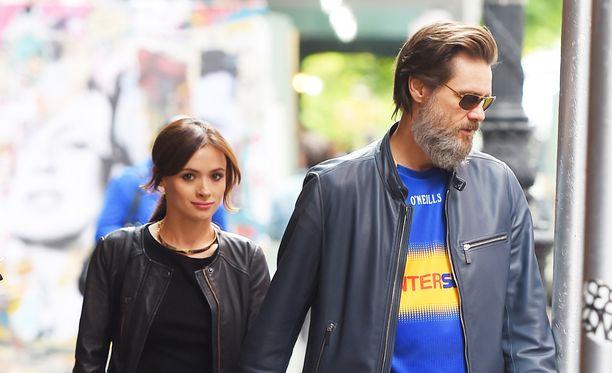 Cathriona White ja Jim Carrey olivat on-off-suhteessa vuosina 2012-2015.