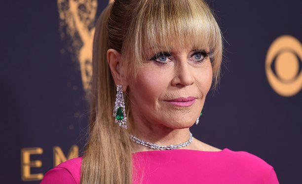 79-vuotias Jane Fonda tunnetaan esimerkiksi elokuvista Katkera paluu ja Kultalampi.