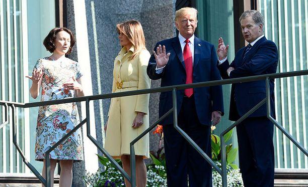 Donald ja Melania Trump saapuivat aamulla Mäntyniemeen.