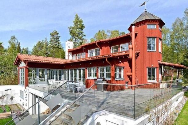 Vaasan kalleimmassa talossa on asuinpinta-alaa 129 neliötä ja hintapyyntö 1 490 000 euroa. Talon kokonaispinta-ala on 520,2 neliötä.