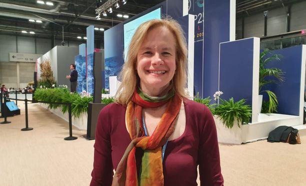Äitien ympäristöjärjestön perustanut Vanessa Rule asuu Vermontissa kahden lapsensa kanssa. Hän edustaa Madridissa järjestöään.