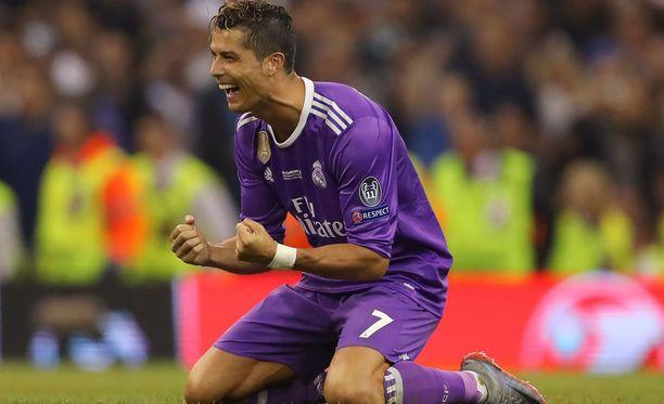 Cristiano Ronaldolla menee lujaa kentällä ja sen ulkopuolella.
