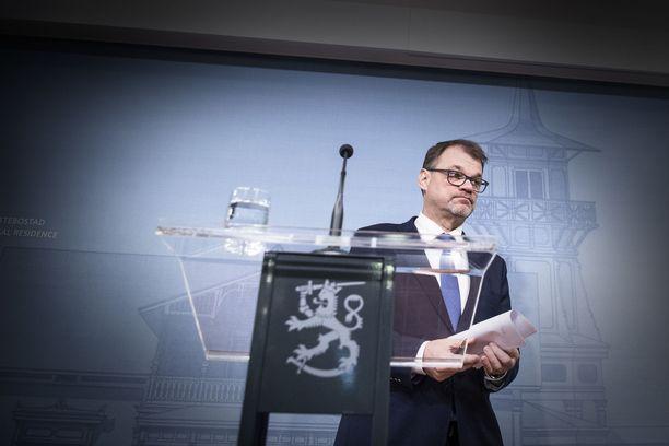 Keskustan puheenjohtaja Juha Sipilä antoi eroilmoituksensa perjantaina.