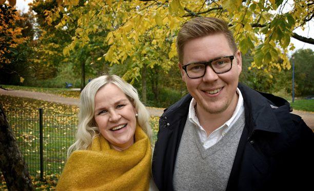 Kaija Storbom ja Antti Lindtman saivat pitkän odotuksen jälkeen yhteisen lapsen.