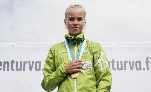 Alisa Vainio on lievästi sanoen nopea tyttö.