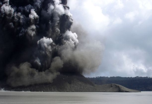 Ambaen saarella sijaitseva tulivuori purkautui viimeksi vuonna 2005.