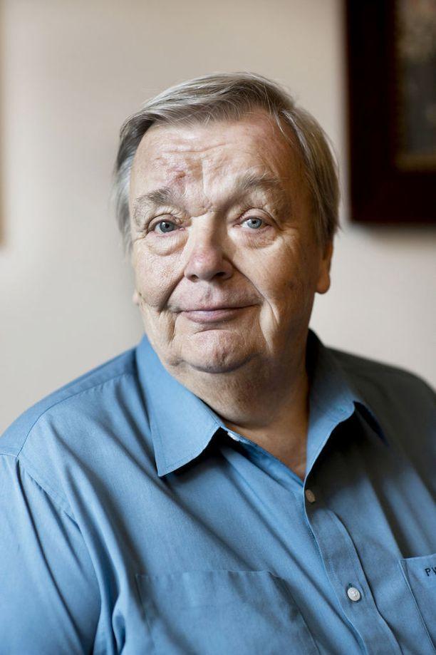 SMP:n pitkäaikainen puheenjohtaja Pekka Vennamo pitää kohtuullisena, että minkä tahansa puolueen puheenjohtaja vaihtuu 20 vuoden jälkeen.