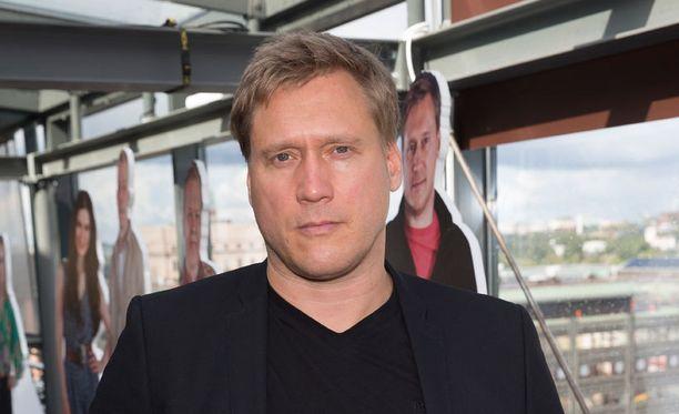 Samuli Edelmann oli pinnalla Vain elämää -sarjassa.