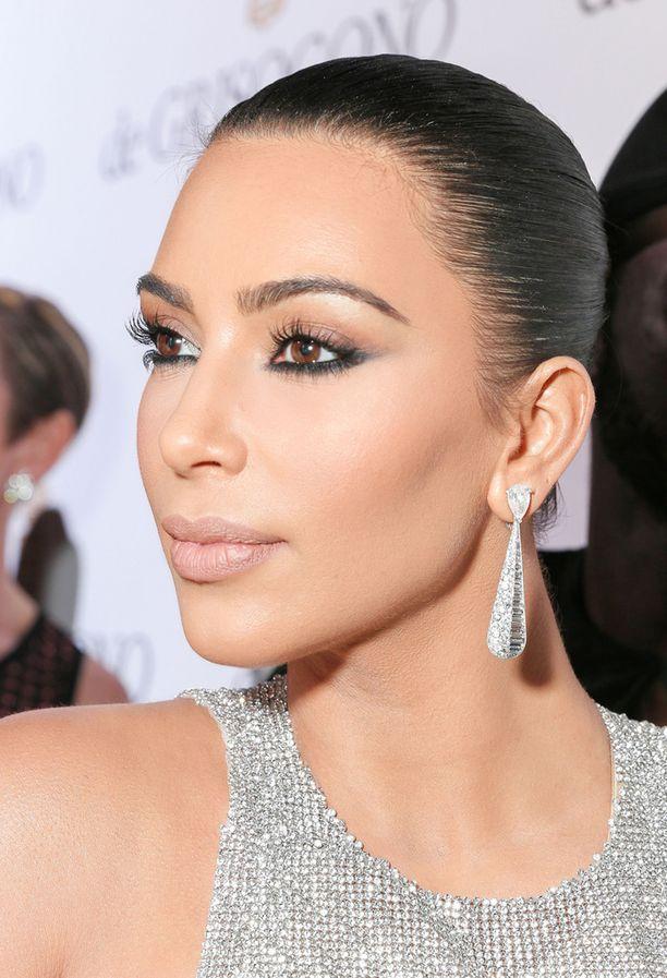 Kim Kardashian on Mario Dedivanovicin tunnetuin asiakas.