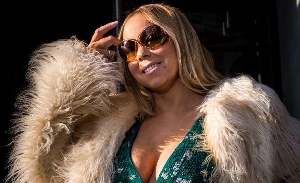 Mariah Carey on yksi kaikkien aikojen myydyimpiä laulajia.