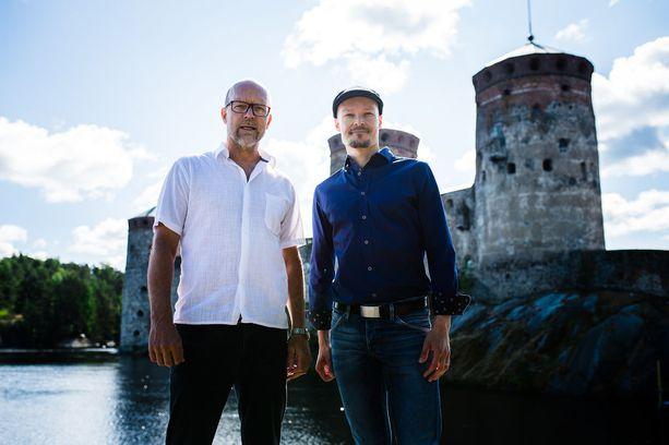 Kari Heiskanen ohjaa Sevillan parturin kesälle 2019. Oopperan pääroolin laulaa Ville Rusanen.