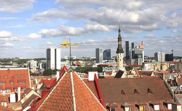 Viro yrittää Tallinnassa työskentelevän Venäjän Viron-suurlähettilään Aleksandr Petrovin mukaan mustamaalata Venäjää.