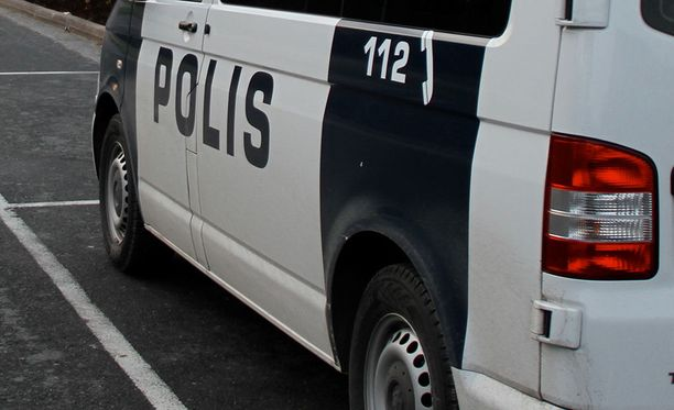 Poliisin mukaan tutkinnassa ei ole tullut esiin, että miehen vaatteet olisi sytytetty tahallaan.