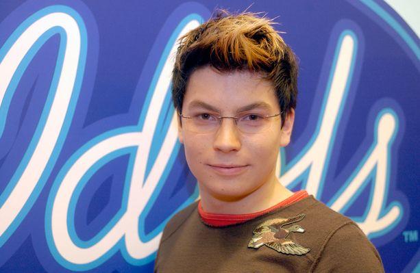 Tästä kaikki alkoi: Idols-finalistina vuonna 2003.