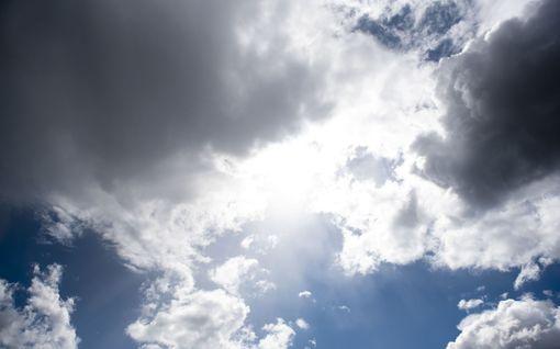 Helleviikonloppu luvassa! Täällä päin Suomessa lämpötila voi hipoa jopa 27 astetta