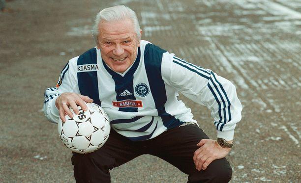 Aulis Rytkönen on HJK:n ja KuPSin legendoja.