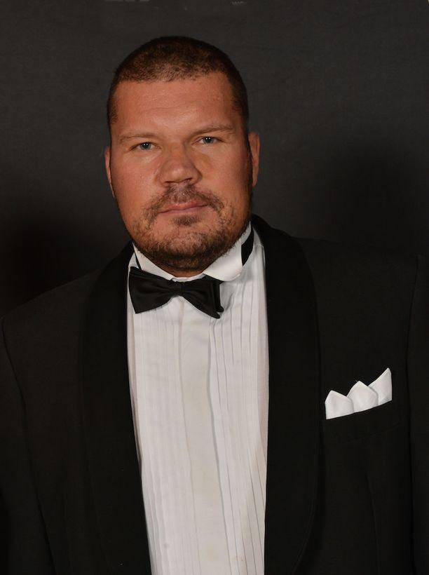 Janne Niska kuoli äkilliseen sairauskohtaukseen helmikuussa 2014. Niska oli kuollessaan vain 38-vuotias.
