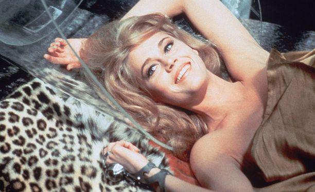 Jane Fonda ei ollut ilmiselvä valinta pääosaan. Ehdolla olivat myös Sophia Loren ja Brigitte Bardot.