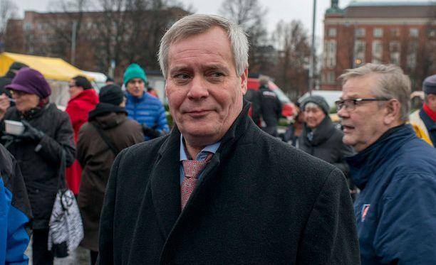 Sdp:n puheenjohtaja Antti Rinne on kokenut takaiskun puolueensa valtataistelussa.