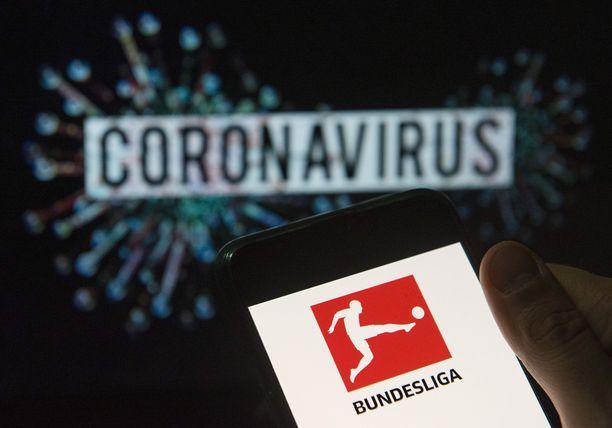 Moni Saksan huippuseuroista on pulassa, jos tv-rahoja ei enää tipu tästä kaudesta.