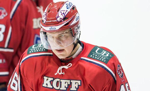 Teemu Ramstedt (kuvassa) on samoilla linjoilla Kalervo Kummolan kanssa.