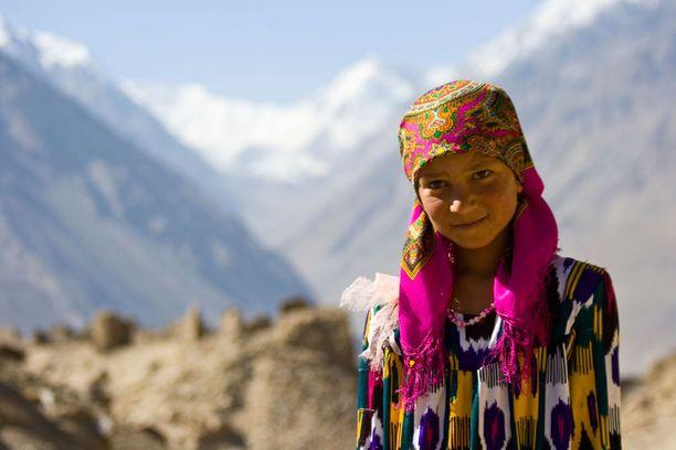 Tadžikistan tarjoaa Keski-Aasian tunnelmia ja jylhää luontoa.