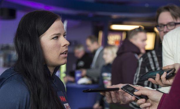 Krista Pärmäkoski jättää MM-kisojen pariviestin väliin ja keskittyy lauantaina yhdistelmäkilpailuun.