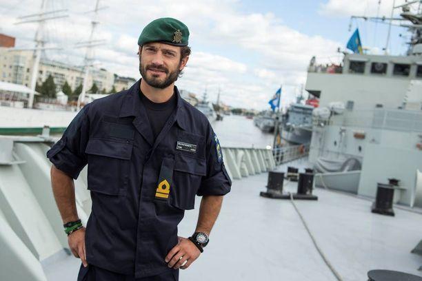 Suomen puolustusministerin mukaan Ruotsi ja Suomi voisivat perustaa yhteisen laivasto-osaston. Ruotsin kruununprinssi Carl Philip osallistui Turussa merisotaharjoitukseen vuonna 2014.