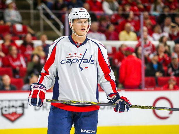 Andre Burakovsky siirtyi Coloradoon.