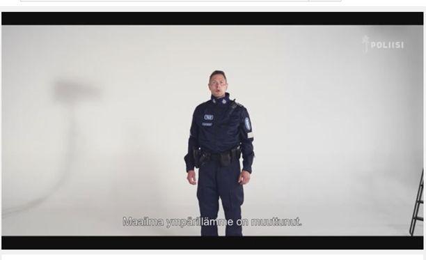 Poliisivideon tavoitteena on turvallisuuden tunteen lisääminen.
