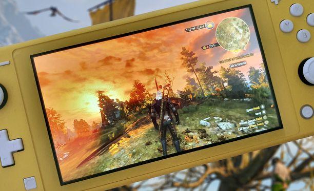 Switch Litellä Witcher 3 kulkee todella pienessä koossa mukana.