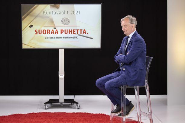 Liike Nytin puheenjohtaja, kansanedustaja Hjallis Harkimo osallistui Iltalehden Suoraa Puhetta -kuntavaalitenttiin maanantaina 7. kesäkuuta.