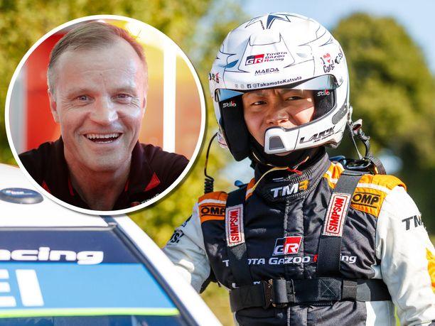 Tommi Mäkinen on seurannut Takamoto Katsutan kehitystä läheltä. Katsuta asuu nykyään Jyväskylässä, lähellä Mäkisen johtaman Toyotan rallitallin Puuppolan-päämajaa.