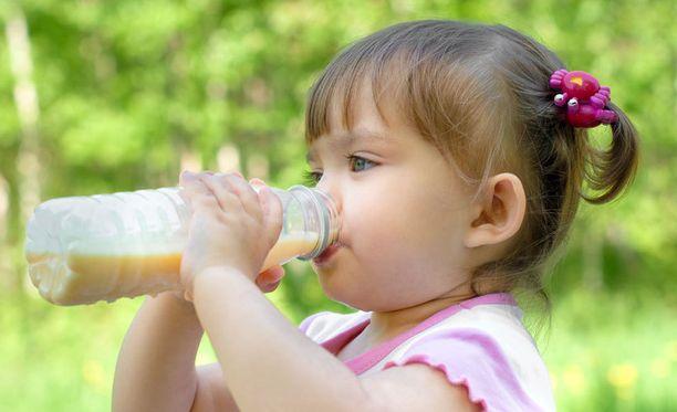 Pikkulapsi ei tarvitse erillistä maitojuomaa.