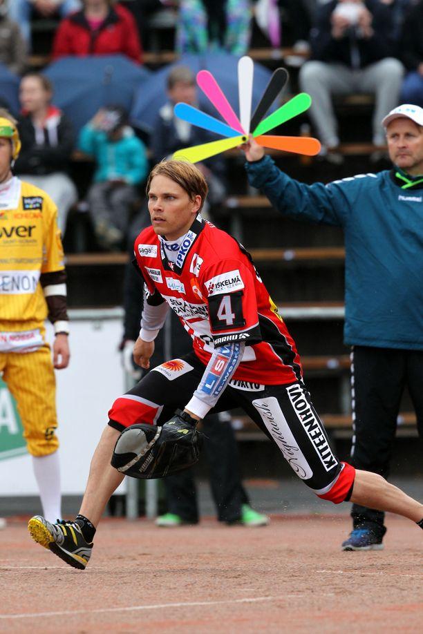 Toni Laakso pelasi Kiteen Pallossa vuosina 2007-2015 pääosin lukkarina.