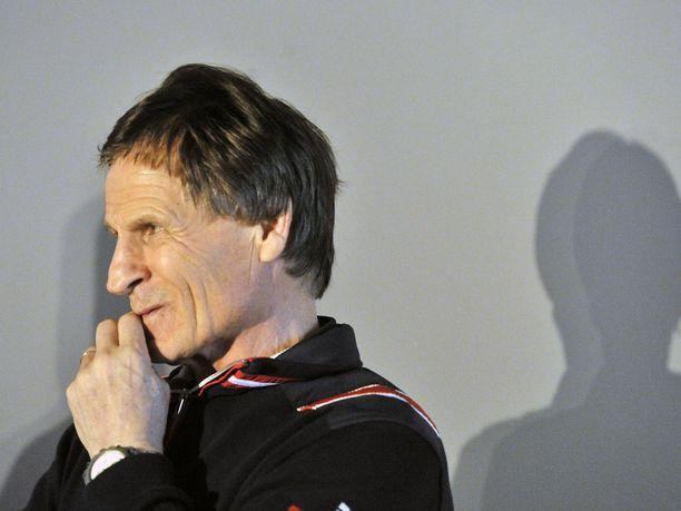50 vuoden takainen olympiavoittaja Kaarlo Kangasniemi nauttii puolikasta urheilijaeläkettä.