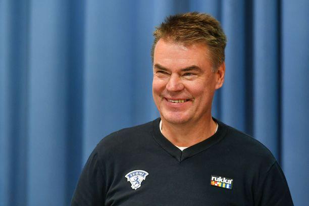 Raimo Helminen muistuttaa, että joukkue pelasi hyvin koko turnauksen ajan. Arkistokuva.