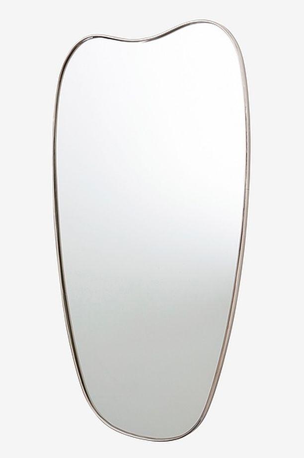 Jotexin Torskog-peili on muodikkaasti retrovaikutteinen. 169 €/110 x 62 cm. Peili Jotex.fi