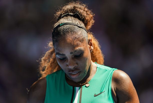 Serena Williams hukkasi lähes varman voiton.