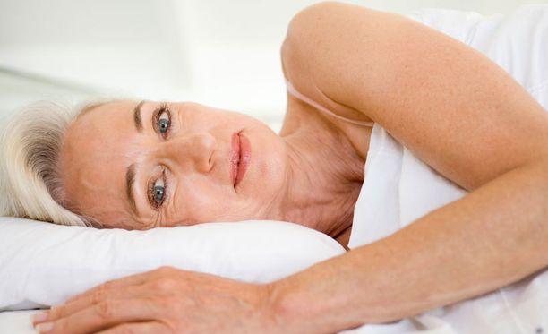 Venhola muistuttaa, että limakalvojen kuivuus on merkittävä syy sille, että jo yli 50-vuotiailla virtsatietulehdukset lisääntyvät selvästi.