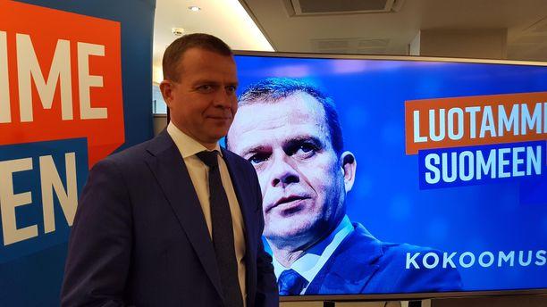Kokoomuksen puheenjohtaja Petteri Orpo esitteli tiistaina puolueen vaihtoehtobudjettia. Kuva on arkistokuva viime keväältä.